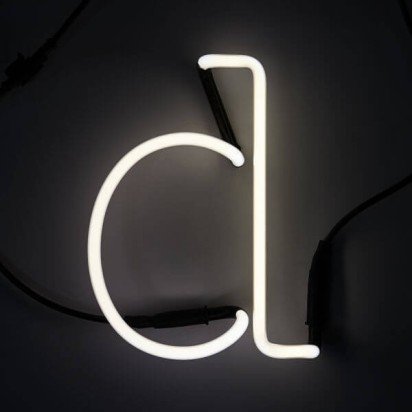 seletti_neon_letter_d